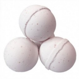Decadence Bath Bomb with bath salts