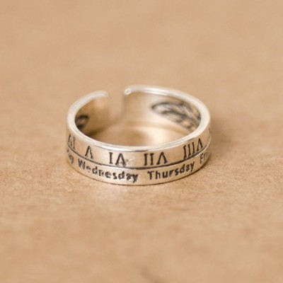Adjustable Roman Numerals Silver Studs Ring