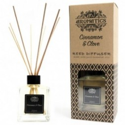 Cinnamon and Clove Essential Oil Reed Diffuser