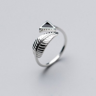 Black Triangle Leaf Silver Adjustable Ring