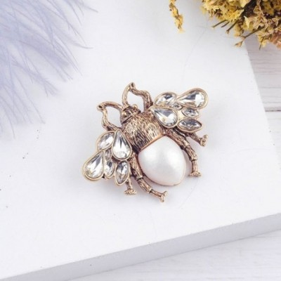 Bee Cultured Pearls Brooch