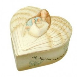 A Mother Understands - Boy Keepsake Box