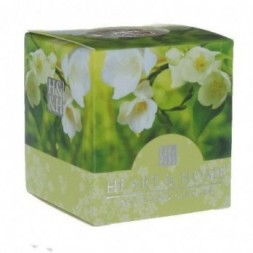 White Jasmine and Freesia Heart and Home Votive Candle
